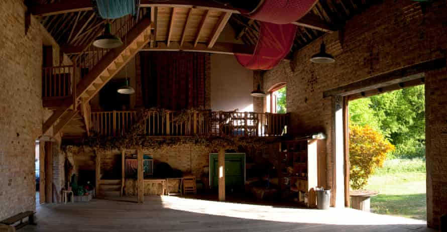 The Quadrangle barn, Kent