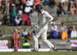 Foakes knocks the ball onto his own stumps.