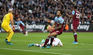 West Ham's Felipe Anderson sees his shot go wide in the defeat against Crystal Palace.