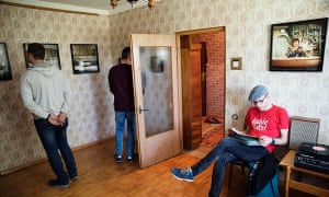 Neringa Rekašiūtė's immersive exhibition in a Soviet flat in Visaginas