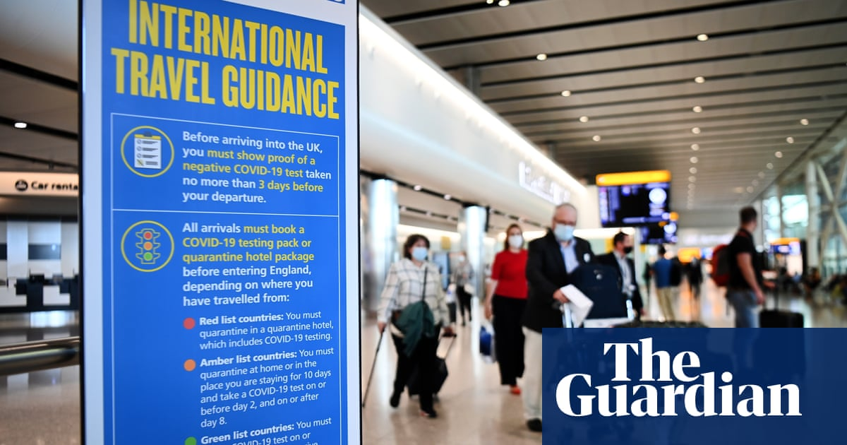 Johnson does not rule out letting double-jabbed tourists skip quarantine