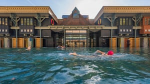 After 43 years in a state of disrepair and near demolition, Thames Lido opened today on the site of the historical Kings Meadow baths in Reading