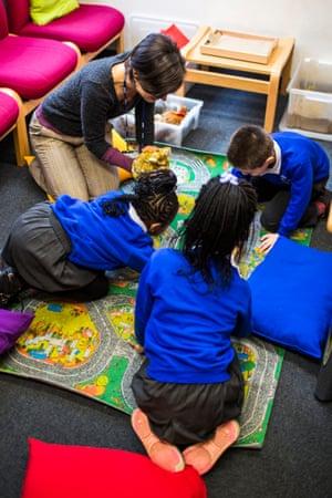 Children at work at Childeric school.