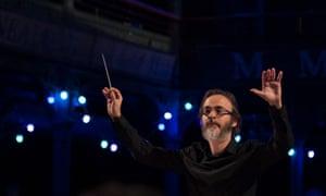 Ilan Volkov conducts the BBC SSO