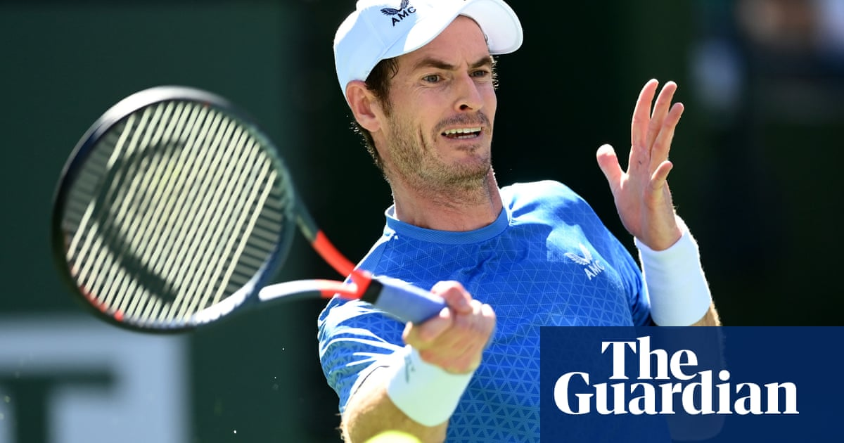Andy Murray battles back to beat Carlos Alcarez at Indian Wells