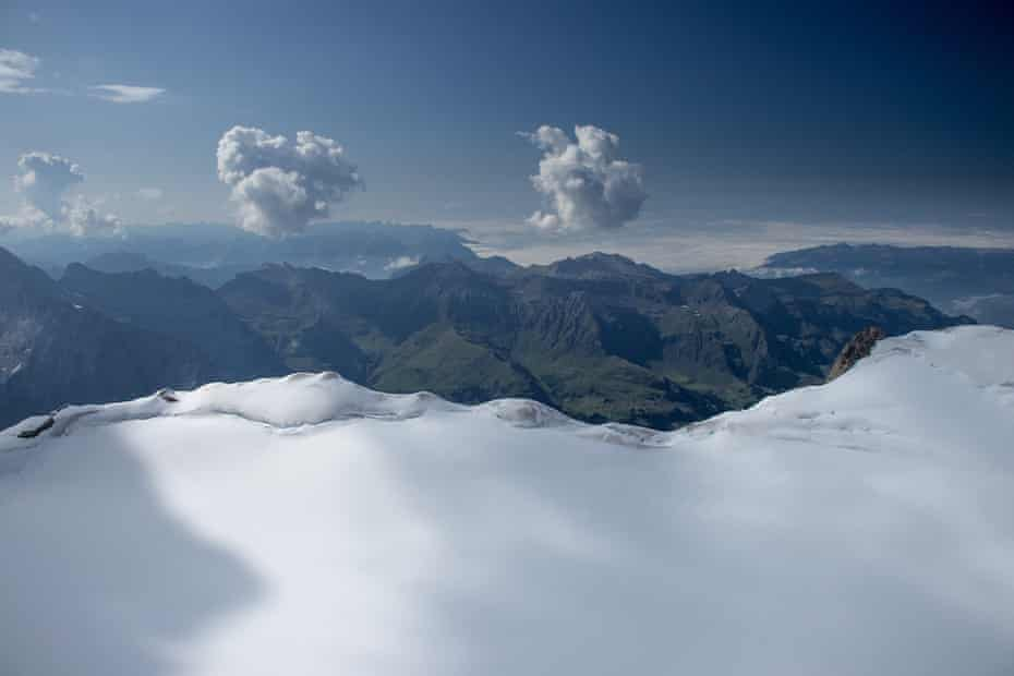 Äbni-Flue Firn in the Bernese Alps.