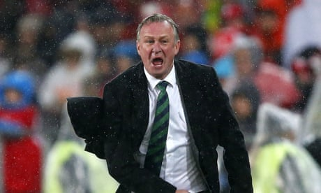 Scottish FA to open talks with Michael O'Neill over vacant manager's job