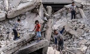 Children in a Damascus neighbourhood