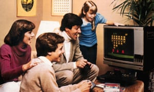 A family gathers around the old Atari 2600. Fortunately, we have a few more modern suggestions