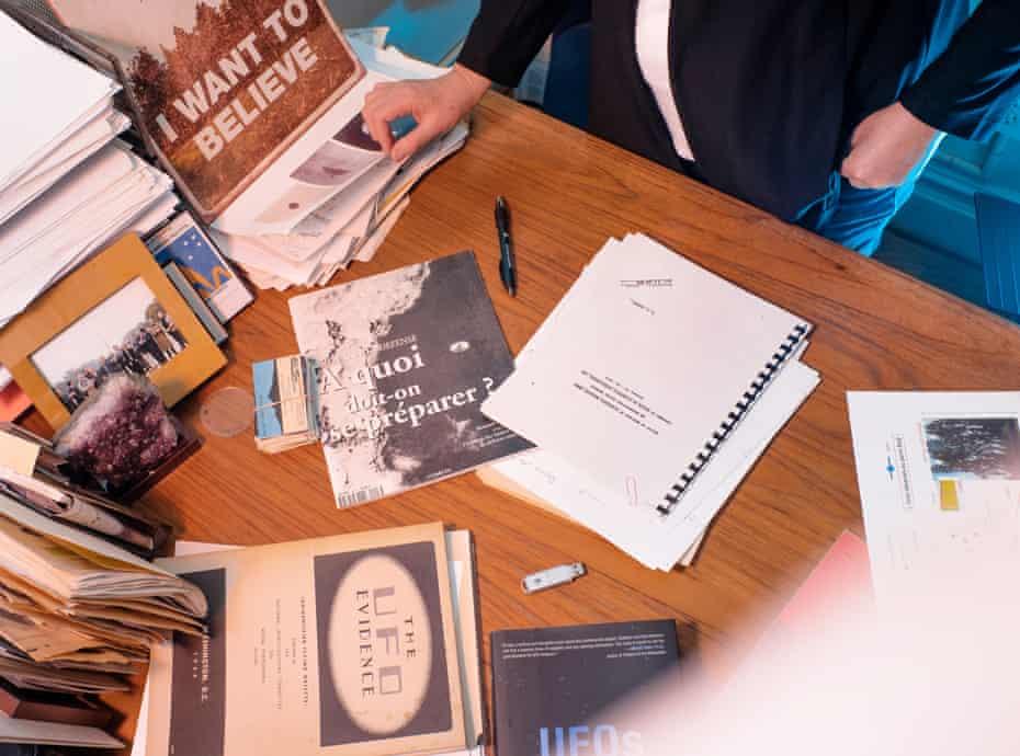 Leslie Kean's desk.