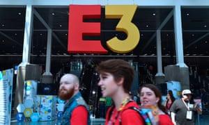 Gaming fans at E3 2018.