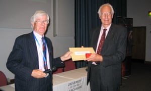 Nigel Weiss, right, receiving the Gold Medal of the Royal Astronomical Society from Michael Rowan-Robinson in 2007