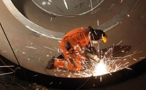 GDP figures<br>File photo dated 12/01/11 of a welder at work, as growth figures published today are set to show the economy bouncing back after a weak start to the year. PRESS ASSOCIATION Photo. Issue date: Tuesday July 28, 2015. Gross domestic product (GDP) is expected to have increased by 0.7% in the second quarter after falling back to a rate of 0.4% in the previous period - the weakest pace since the end of 2013. See PA story ECONOMY GDP. Photo credit should read: Andrew Milligan/PA Wire