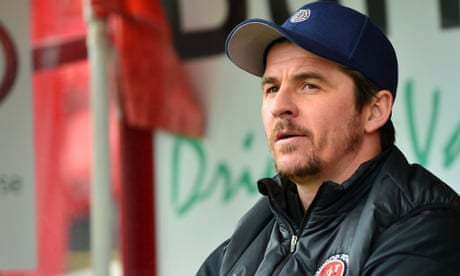 Barnsley complain to EFL and FA over alleged Joey Barton tunnel incident