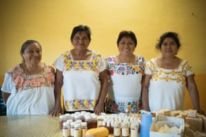 Leydy Pech from Mexico with her fellow beekeepers