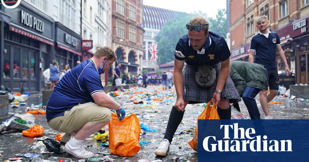 Bin there, done that: Scotland fans clean up litter in central London