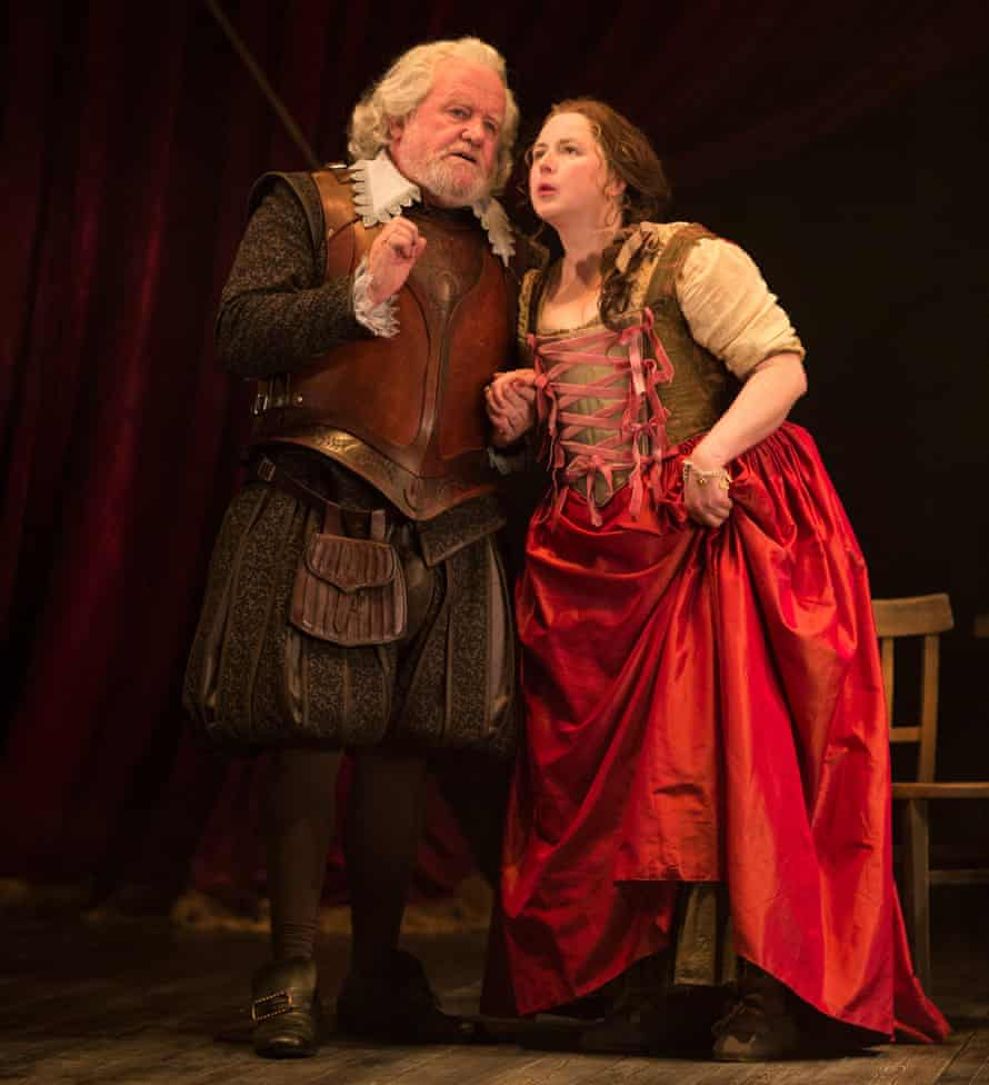 'Earthy common sense' … Siobhan McSweeney as Dol dupes Ian Redford's Sir Epicure Mammon.