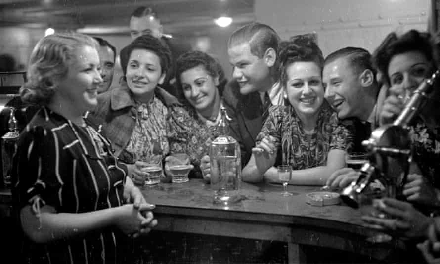 The Quarter Deck Bar at the Majestic Hotel in Onchan Head, Isle of Man, in 1939.