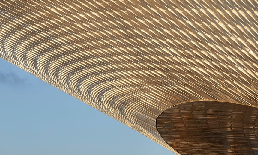 Flying saucer: the new Museum of Art, Architecture and Technology (MAAT).