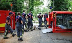 Emergency teams continue to repair Toddbrook reservoir near Whaley Bridge