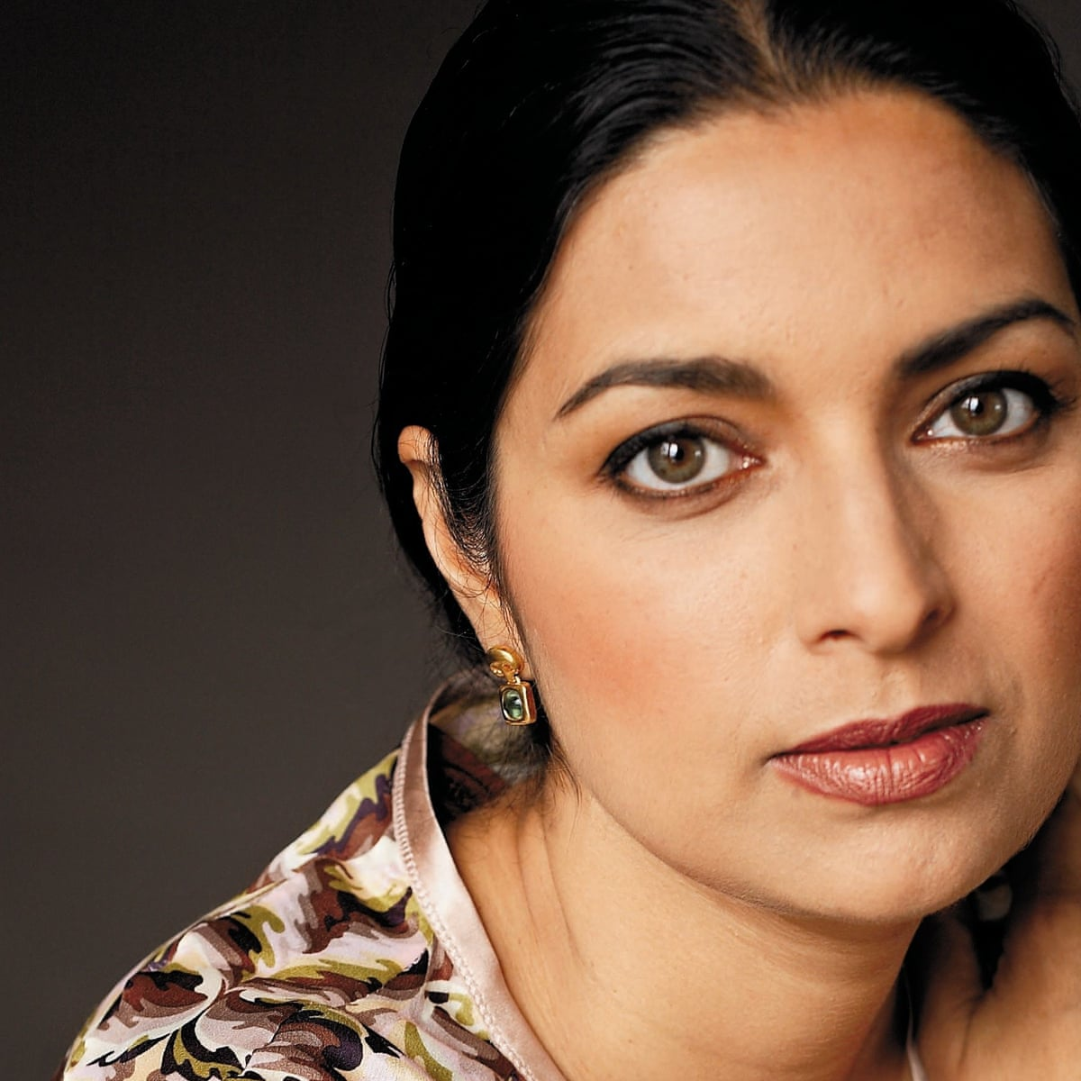 In Other Words by Jhumpa Lahiri review – a Pulitzer prize winner gives up  writing and speaking in English | Jhumpa Lahiri | The Guardian