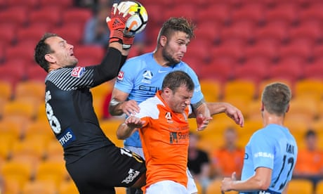 'It's just tittle-tattle': Melbourne City coach shuts down talk over Tim Cahill