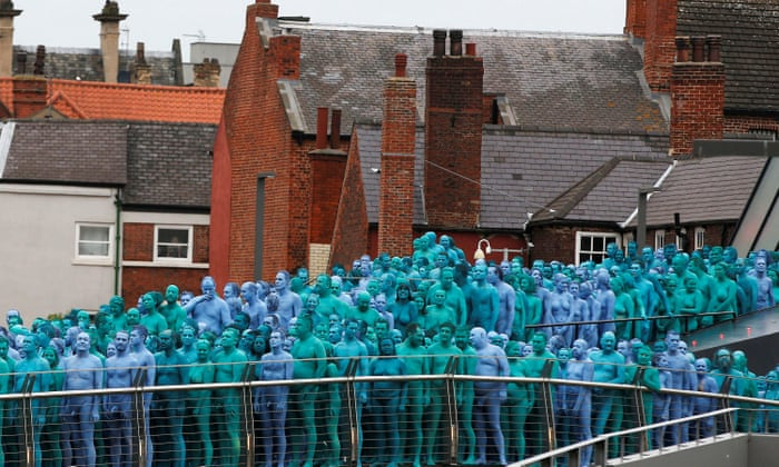 Thousands Strip Naked In Hull For Spencer Tunick Photographs Art And Design The Guardian