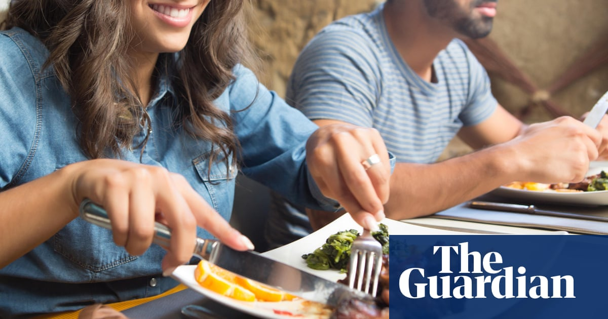 Facebook's Free Food Banned as Silicon Valley Restaurants Hit Back