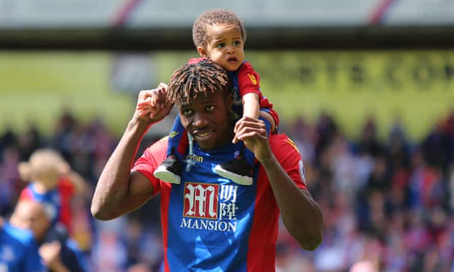Wilfried Zaha is settled in the Crystal Palace area with a young family and is wary of leaving his boyhood club after his doomed move to Manchester United.