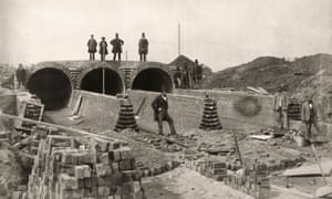 Joseph Bazalgette (standing top right) oversees the construction of London's sewers in the 1850s