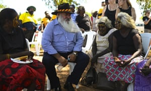 Pat Dodson speaks to Tiwi Island elders during a community barbecue on Bathurst Island