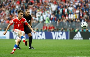 Golovin scores Russia's fifth goal from the free-kick.