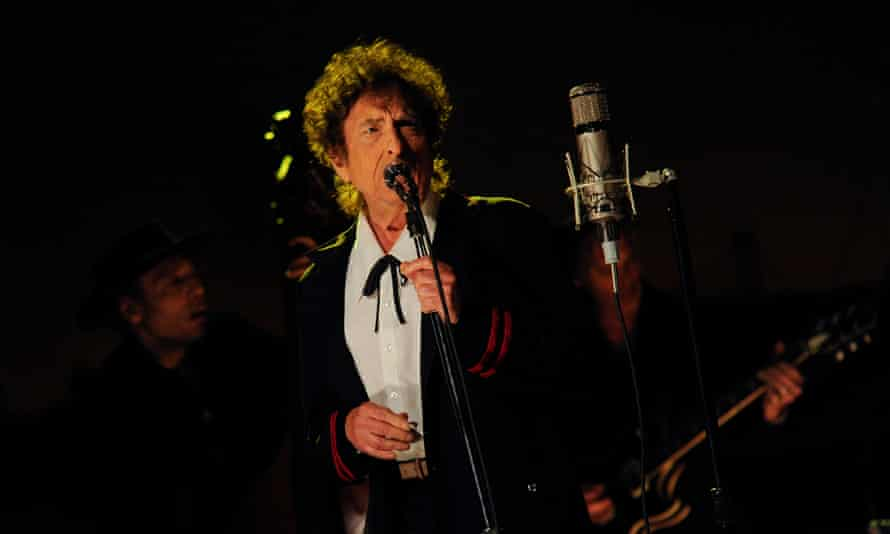 Late Show with David Letterman<br>NEW YORK - MAY 19: Musical guest Bob Dylan performs on the Late Show with David Letterman, Tuesday May 19, 2015