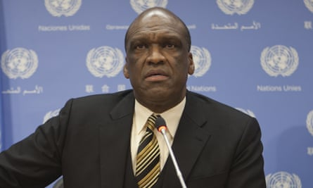 John Ashe, ex-president of the UN general assembly, died while lifting weights at home, US authorities said.
