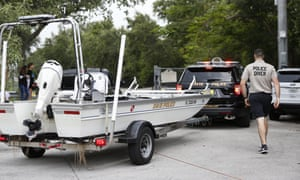 Police divers boat in Florida