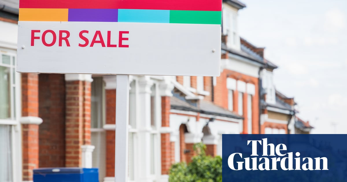 London is worst-performing region as UK house prices fall