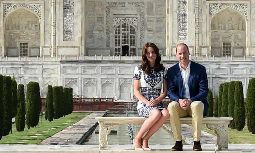 Duke of Cambridge(R) and Catherine, Duchess of Cambridge pose at The Taj Mahal