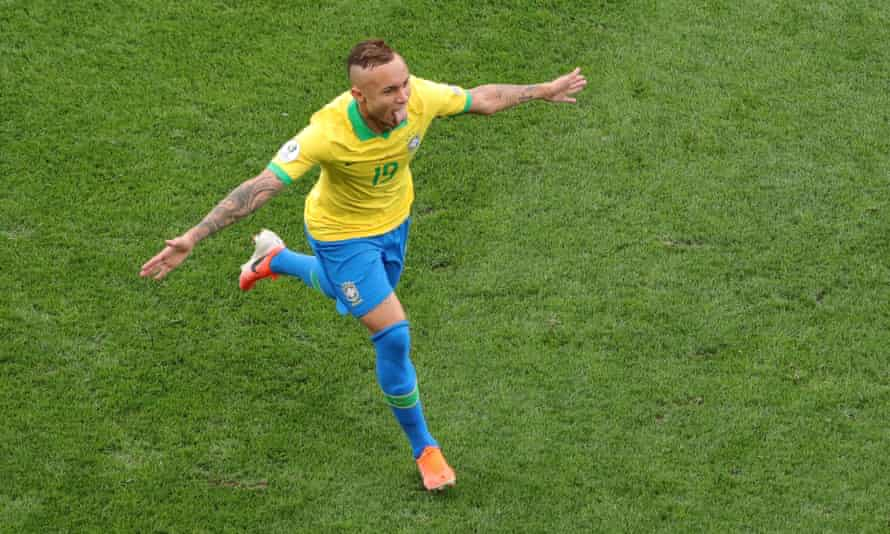 Everton celebrates after scoring for Brazil against Peru at the Copa América.