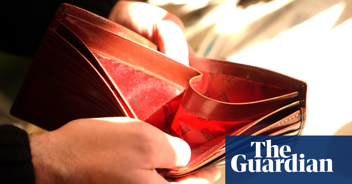 We must oppose this cruel universal credit cut by any means necessary