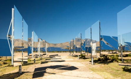 Heliostats at the Ivanpah solar thermal power plant in California''s Mojave Desert