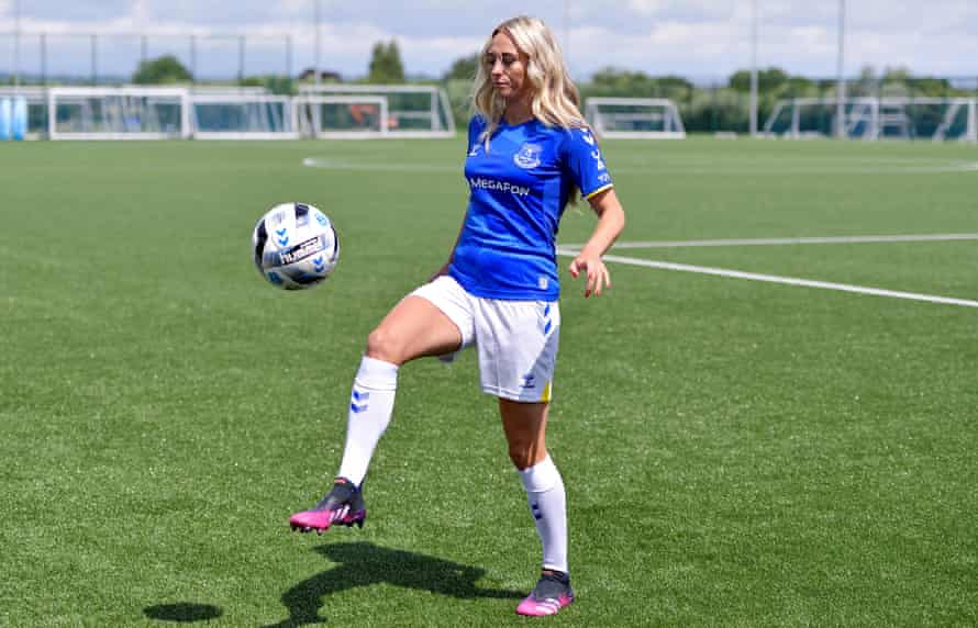 Toni Duggan is back in England after spells at Barcelona and Atlético Madrid.
