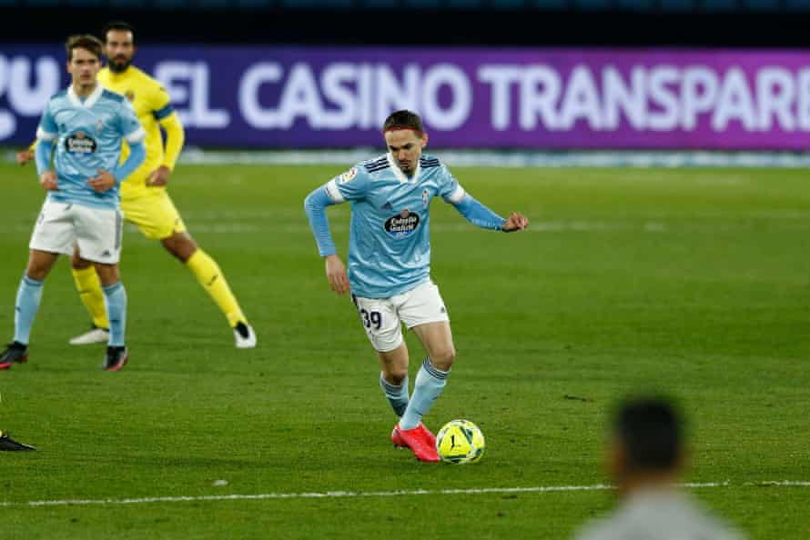 Jordan Holsgrove on the ball during the match against Villarreal in January 2021.