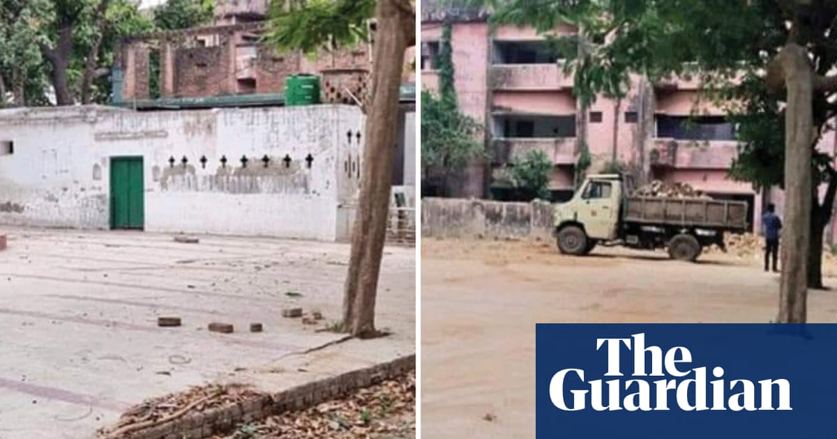 India mosque demolition: officials accused of filing false report on Muslim leaders