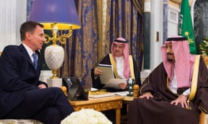 The foreign secretary, Jeremy Hunt, left, meets with King Salman, right, in Riyadh, in November.