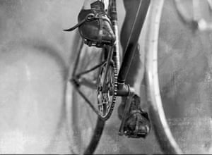 Until 1937, derailleurs were forbidden on the Tour de France