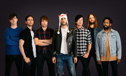 It's R&B but not in any remotely experimental way … Maroon 5.