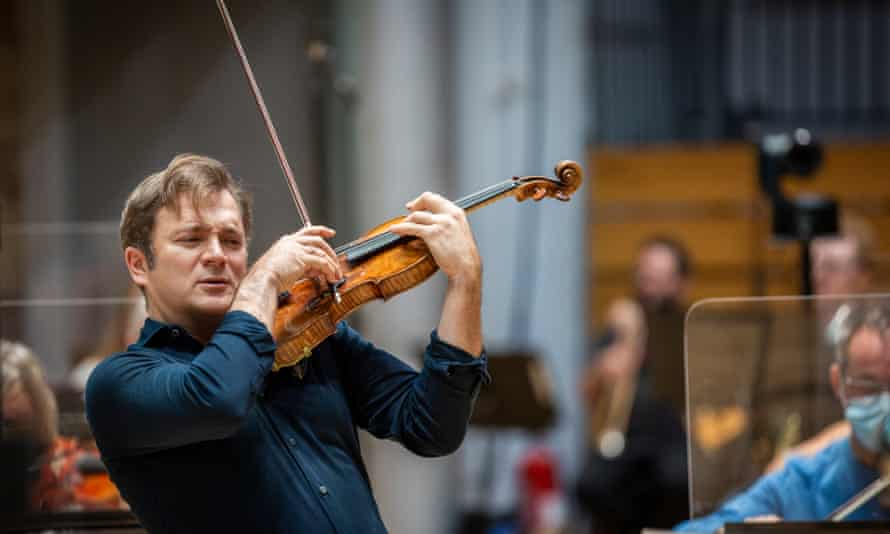 Renaud Capuçon at the LSO St Luke's recording with Simon Rattle with the LSO