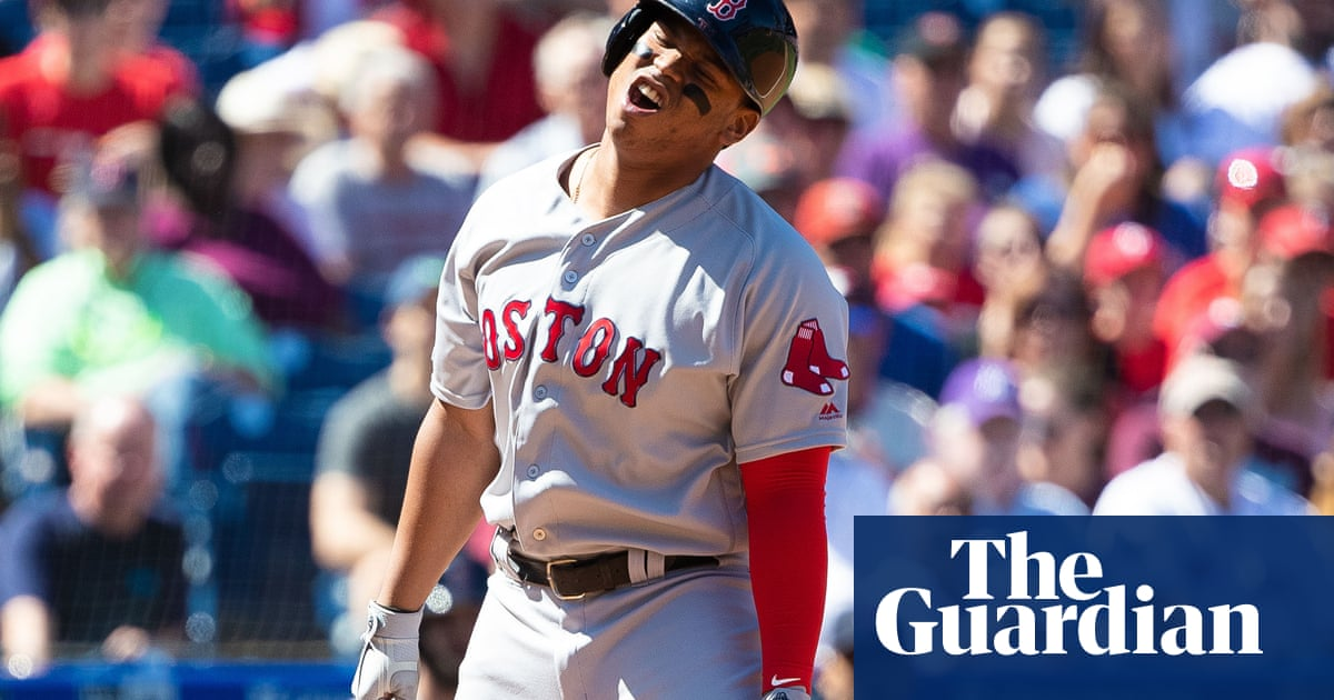 How the greatest Red Sox team in history turned into an embarrassment