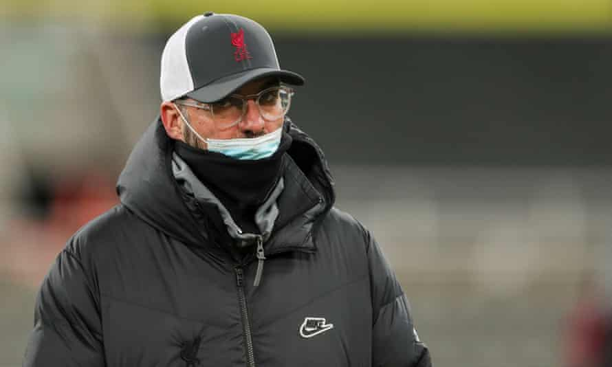 Jürgen Klopp is keen for the Premier League to continue, 'but I'm not a [medical] specialist and I will respect all the decisions made in the next few weeks'.
