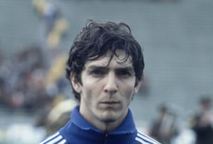 Paolo Rossi in an Italy tracksuit.